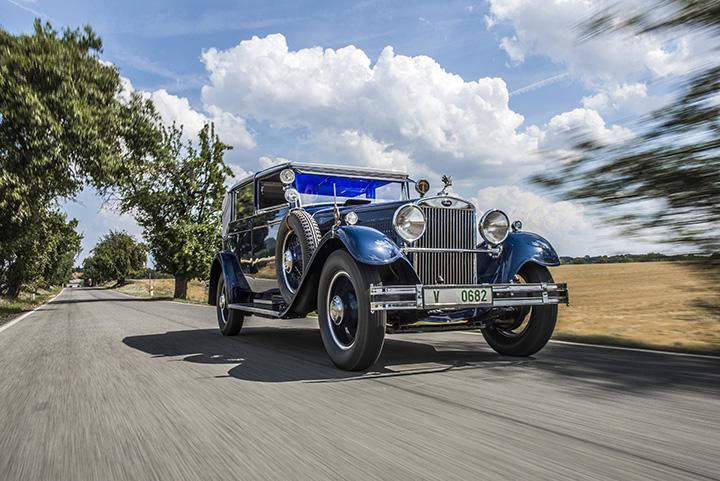 Az 1932-es kiállítási darab a modellsorozat egyetlen még meglévő Cabriolet  példánya bc32d8a5ac